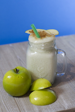 Elyse's Apple Pie Smoothie