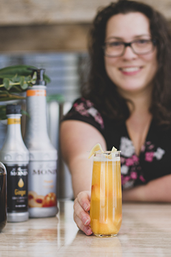 Elyse's Fez'y Peach - Lively Libations (May 2019)
