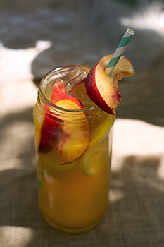 Megan's Peachy Keen Iced Tea (Island Rose, Mighty Leaf & Monin)