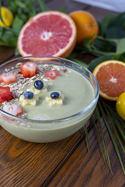 Tobi's One in a Melon Smoothie Bowl